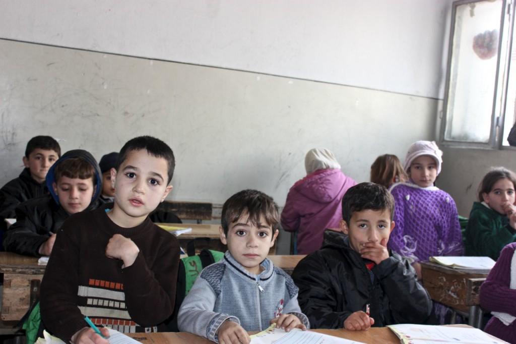 Voda pro školu v Aleppu